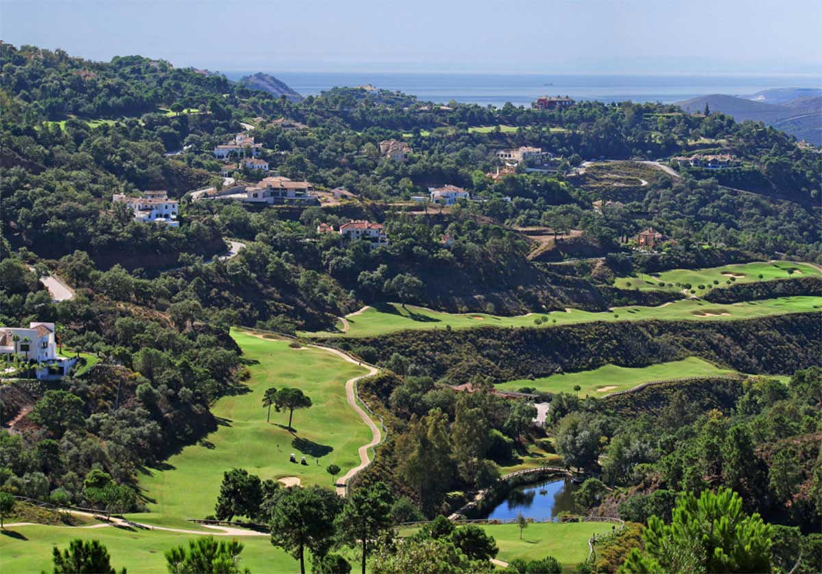 Discover-the-ideal-place-to-live-in-the-Marbella-west